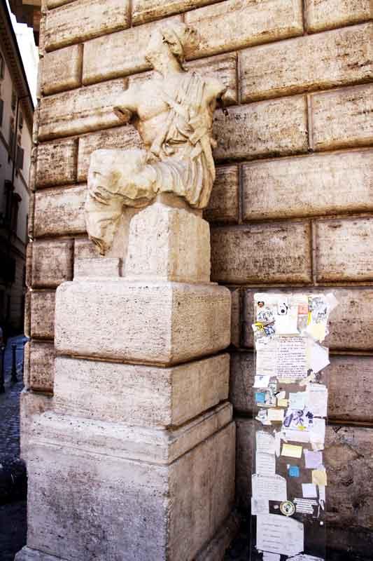 Piazza-di-Pasquino.-Pasquim-03